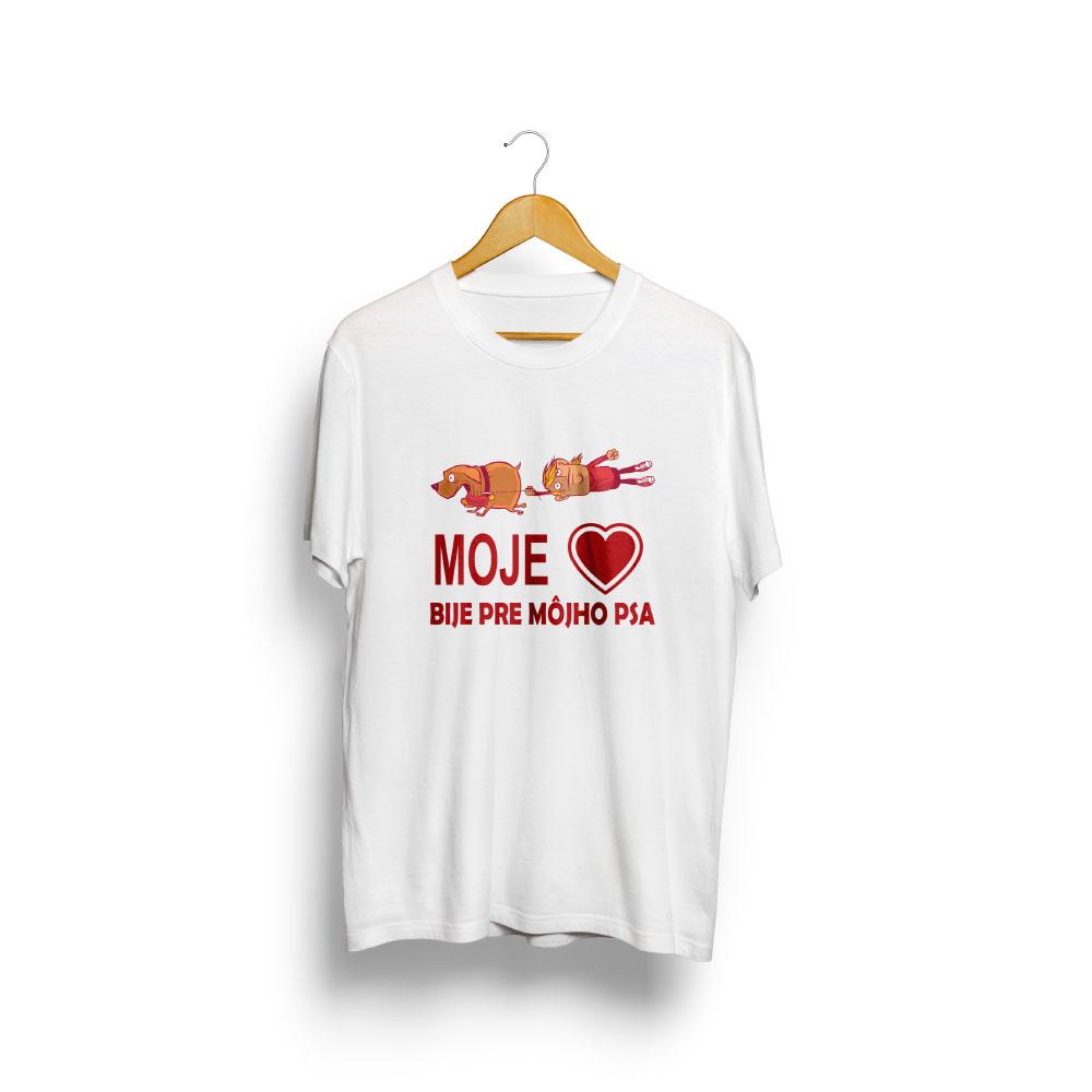 pánske tričko s potlačou Moje srdce bije pre môjho psa - na vešiaku