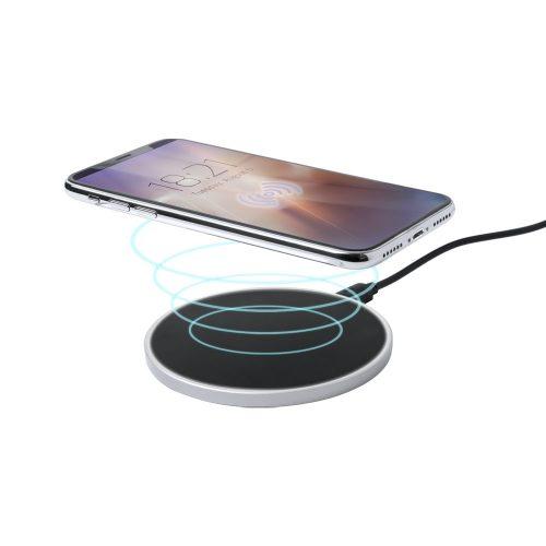 bezdrotová nabíjačka BRIZEM s mobilom